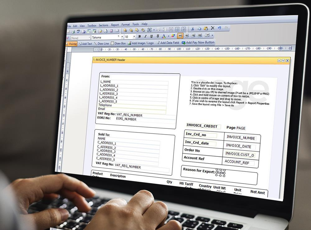 A bookkeeper amending the Sage 50 commercial invoice